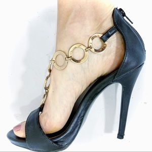 Shoe Republic black high heel pump with gold chain